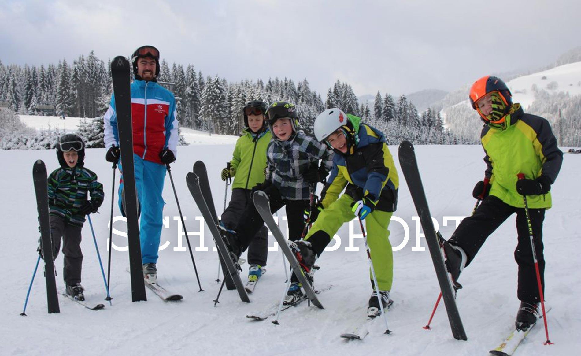 Weiße Gipfel und reichlich Spaß im weißen Pulverschnee beim